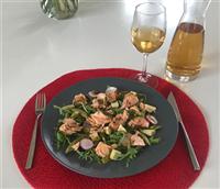 Santhee-salade-lapsang-souchong-zalm-gemarineerd